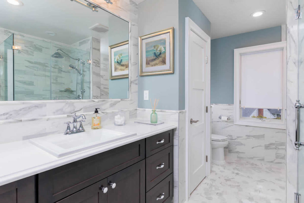 Bathroom Design from Noah Construction and Builders